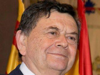 Dr. Manuel López